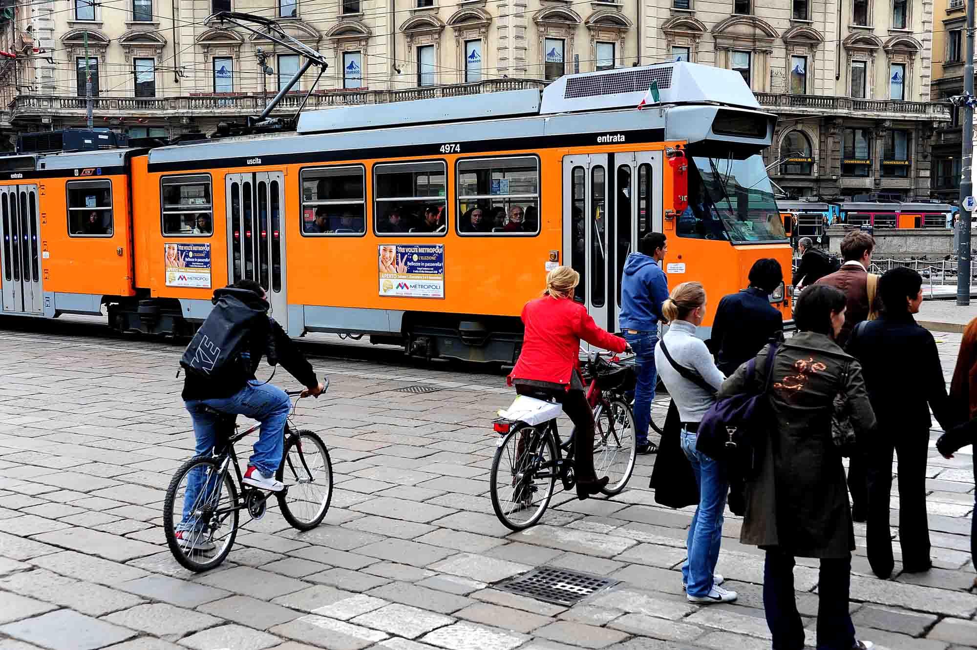 pubblicità su autobus e tram a Milano