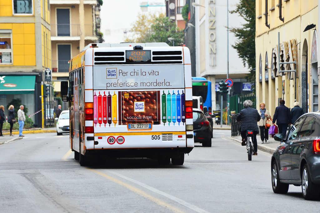 pubblicità autobus lecco